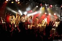 110830_bh_live_encore05